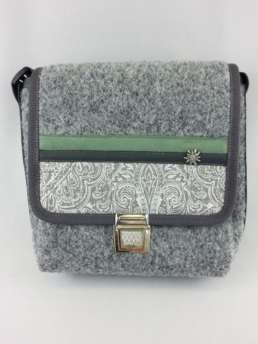 "Tasche ""Cherish green"""